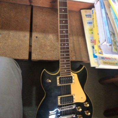 エレキギターお買取りさせて頂きました!